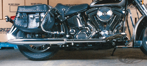 KERKER 2-INTO-1 EXHAUST SYSTEMS FOR SOFTAIL